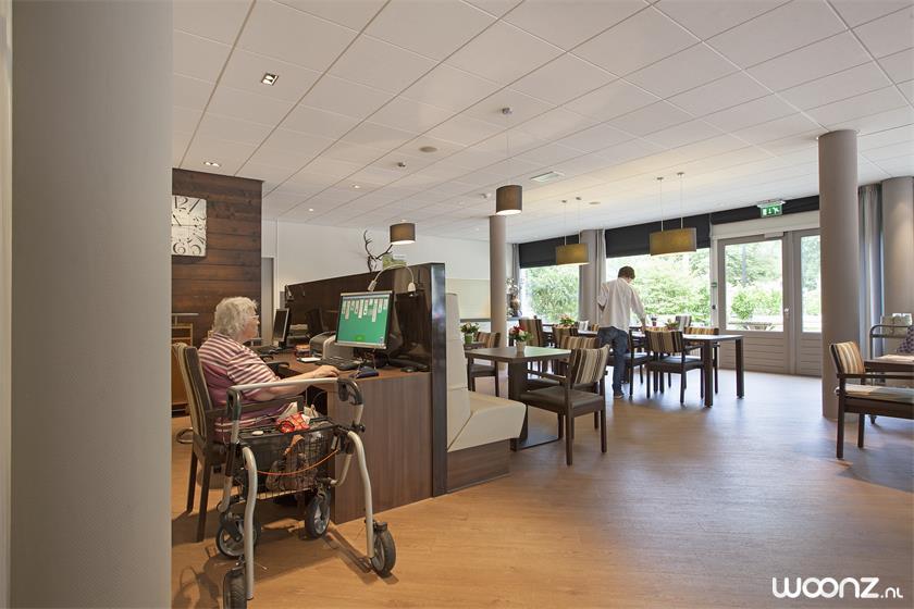 Restaurant / internetcafe