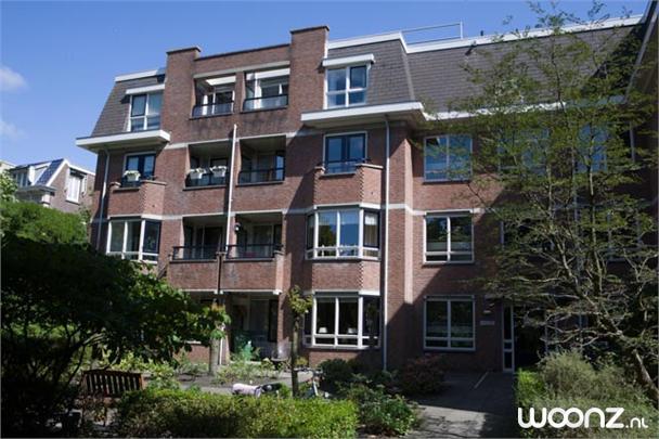 Tweekamerappartement, uitzicht op Parkweg, 3 verdiepingen