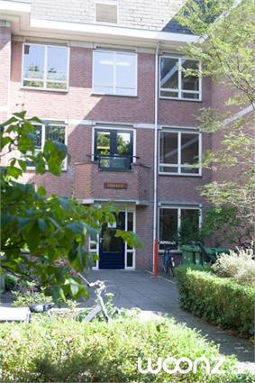 Tweekamerappartement, 3 verdiepingen, ingang Duinweg