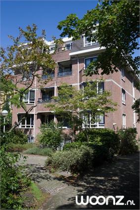 Parkrust, tweekamerappartementen met terras met uitzicht op binnentuin