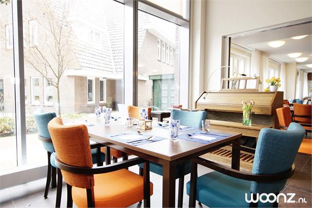 LB hal / restaurant