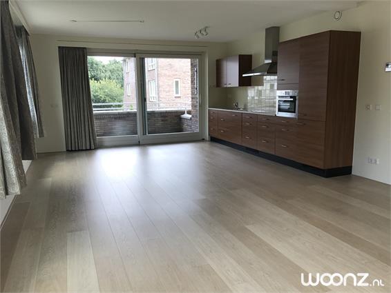 3-kamer appartement met balkon (127,7 m2)
