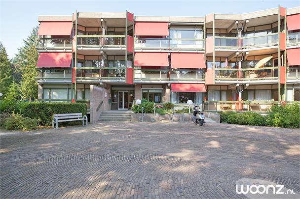 Vooraanzicht appartementen/hoofdingang