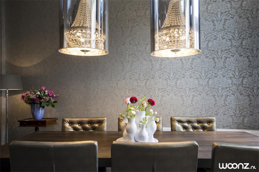 Eettafel in lounge