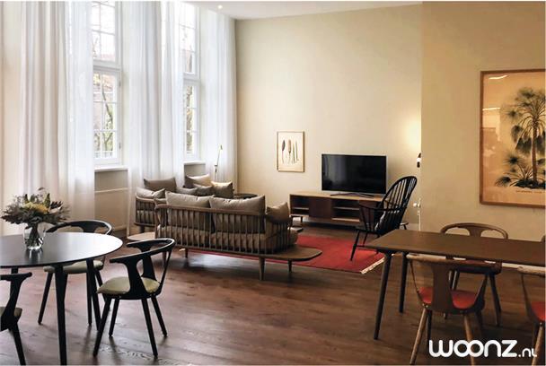 Gastenhuis-Dordrecht-woonkamer