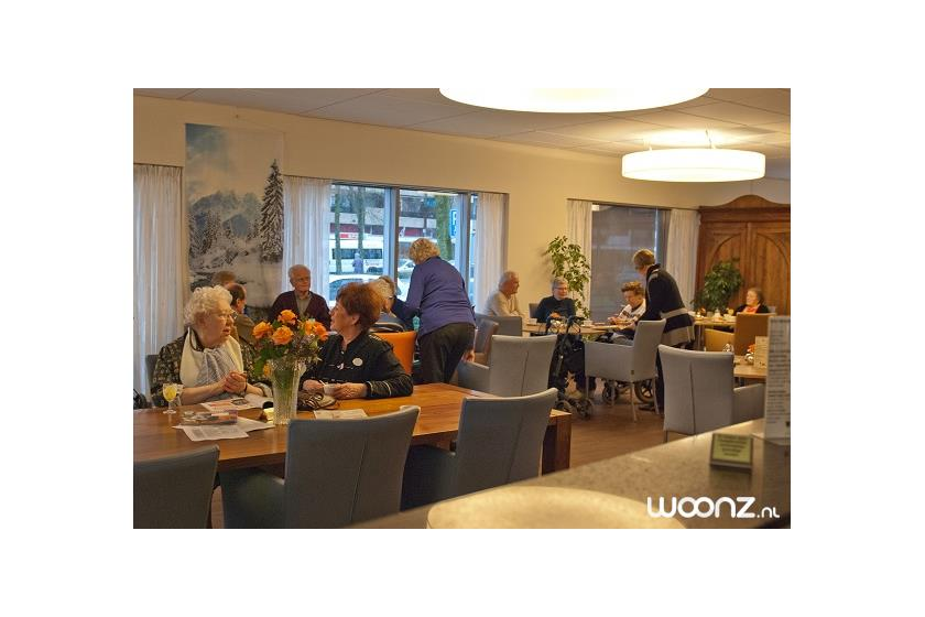 Het Grand Cafe waar u terecht kunt voor een kop koffie of een maaltijd