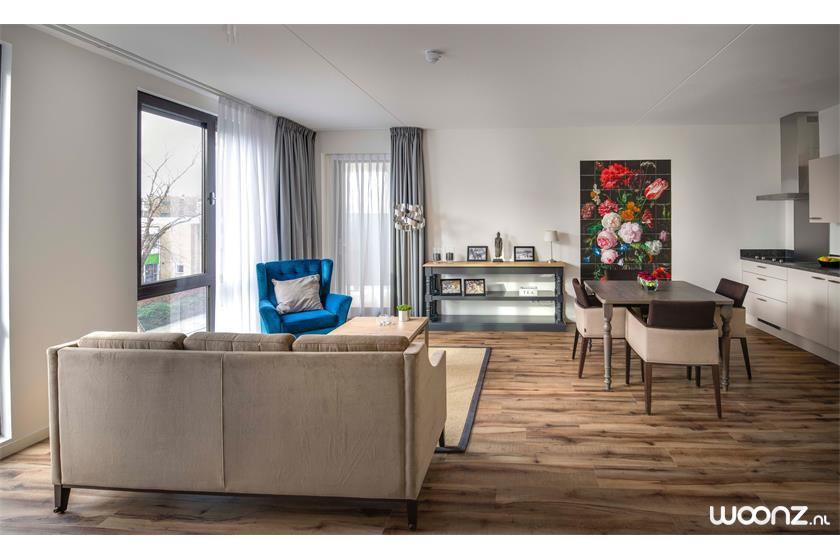 De-Statenhof-appartement-bank-stoel