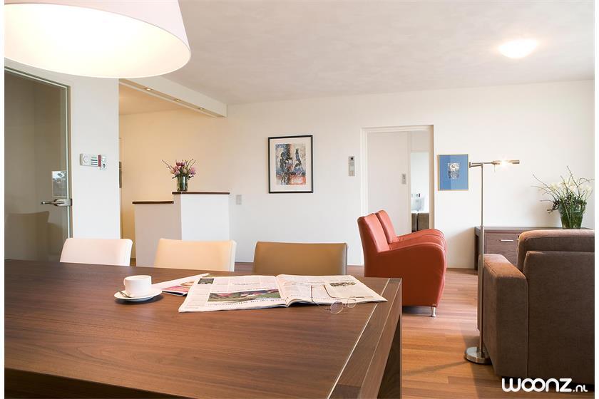 Sibelius-oss-appartement-woonkamer-eetkamer-keuken