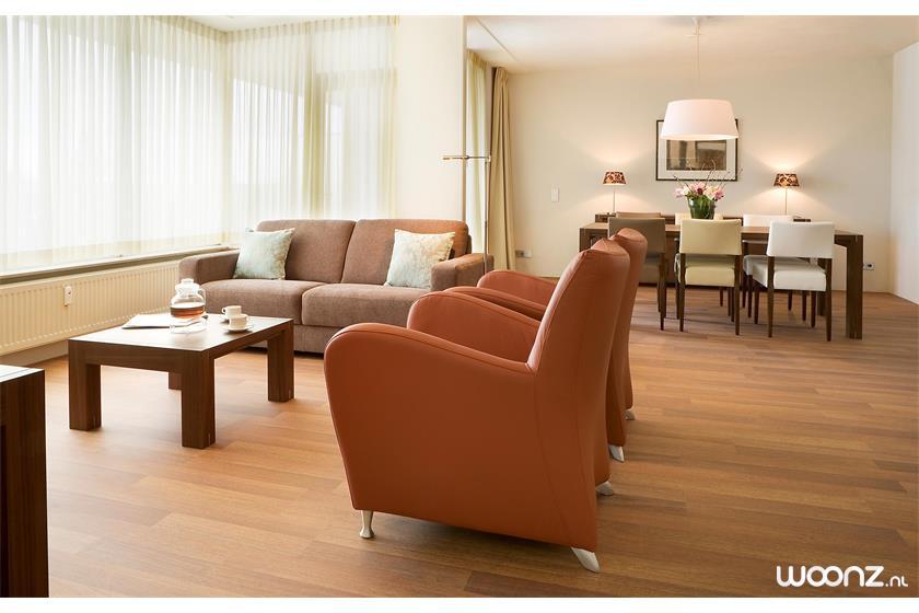 Sibelius-oss-appartement-woonkamer-eetkamer