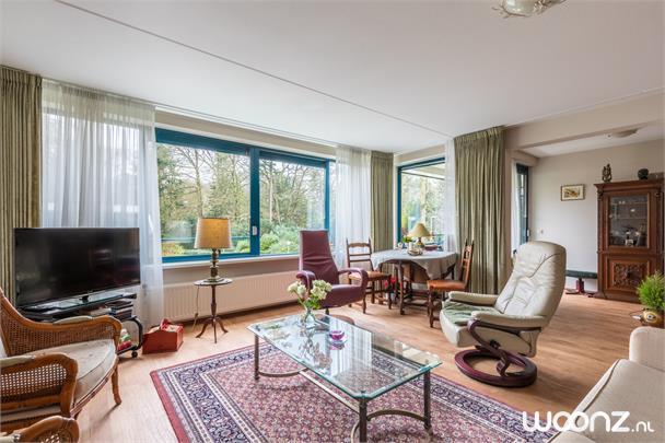 Woonkamer appartement Amaris Theodotion